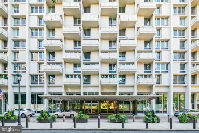 604-36 S Washington Square #405, PHILADELPHIA, PA 19106 (MLS #PAPH2003097) :: Kiliszek Real Estate Experts