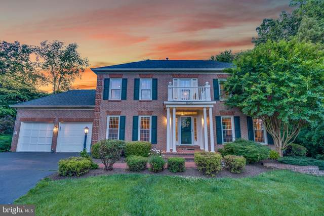 20600 Belwood Court, STERLING, VA 20165 (#VALO2001126) :: Charis Realty Group