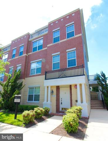 43670 Mcdowell Square, LEESBURG, VA 20176 (#VALO2001296) :: Debbie Dogrul Associates - Long and Foster Real Estate