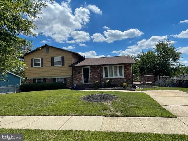 6505 Oak Street, CHEVERLY, MD 20785 (#MDPG2001596) :: The Sky Group