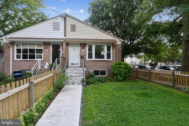 101 E Oxford Avenue, ALEXANDRIA, VA 22301 (#VAAX2000672) :: Sunrise Home Sales Team of Mackintosh Inc Realtors