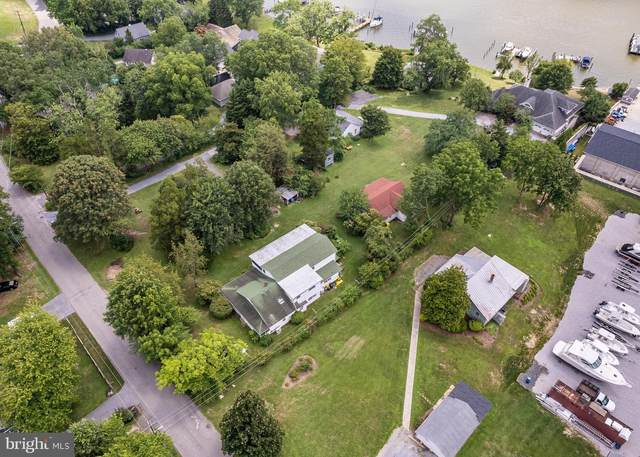 3946 Germantown Road, EDGEWATER, MD 21037 (#MDAA2001660) :: Pearson Smith Realty