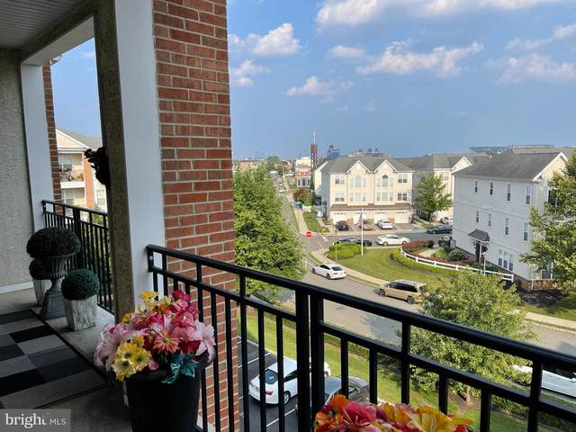3174 Capri Drive #29, PHILADELPHIA, PA 19145 (#PAPH2006232) :: Linda Dale Real Estate Experts