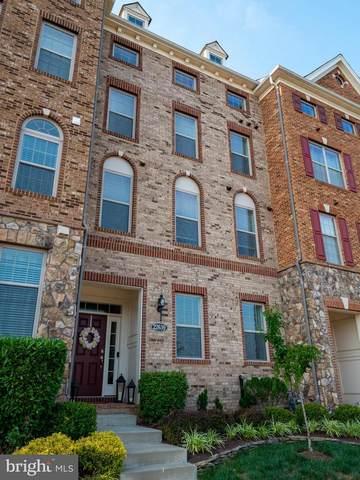 22639 Norwalk Square, ASHBURN, VA 20148 (#VALO2002086) :: Debbie Dogrul Associates - Long and Foster Real Estate