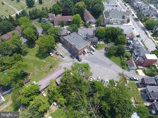 933 E Orange Street, LANCASTER, PA 17602 (#PALA2001492) :: The Joy Daniels Real Estate Group