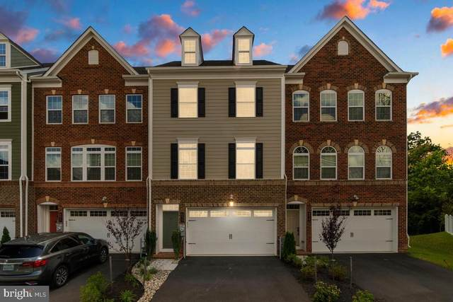 6017 Hidden Meadow Ln, ELLICOTT CITY, MD 21043 (#MDHW2001402) :: The MD Home Team