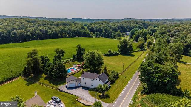 7817 Woodville Road, MOUNT AIRY, MD 21771 (#MDFR2001732) :: The Lutkins Group