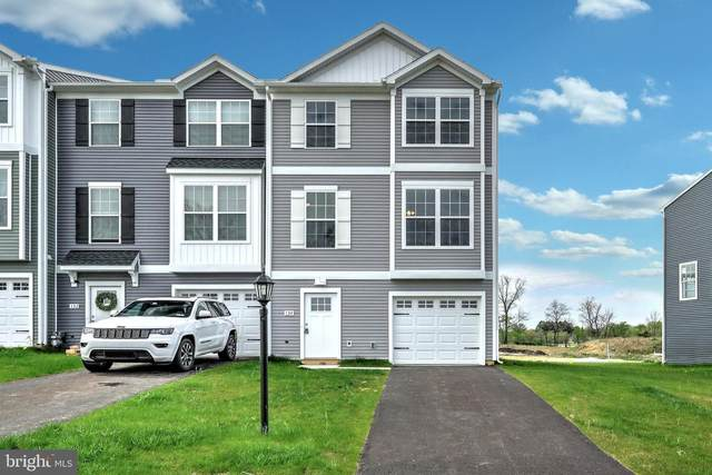 202 Hudson Boulevard, RED LION, PA 17356 (#PAYK2002010) :: Realty ONE Group Unlimited