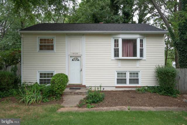 15123 Alaska Road, WOODBRIDGE, VA 22191 (#VAPW2002746) :: Debbie Dogrul Associates - Long and Foster Real Estate