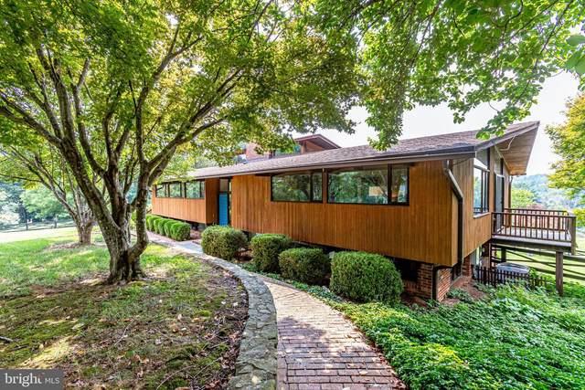 6934 Hilltop Lane, MARSHALL, VA 20115 (#VAFQ2000448) :: Dart Homes