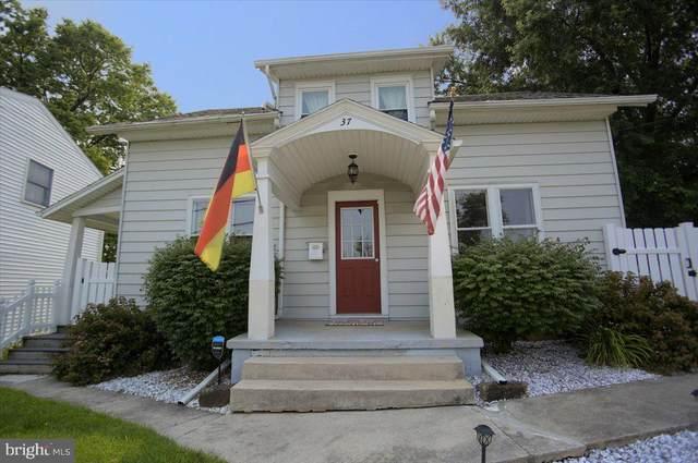 37 N Lingle Avenue, HERSHEY, PA 17033 (#PADA2001108) :: Better Homes Realty Signature Properties