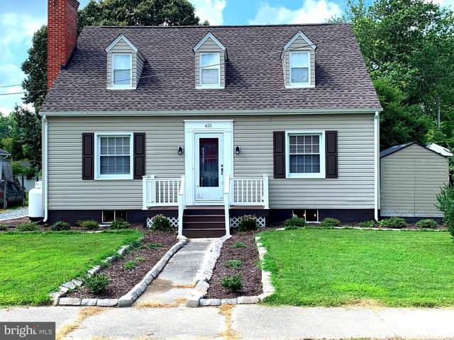 621 Daingerfield Street, TAPPAHANNOCK, VA 22560 (#VAES2000022) :: Debbie Dogrul Associates - Long and Foster Real Estate