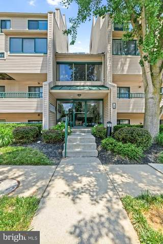 4 Winners Circle 3C, OWINGS MILLS, MD 21117 (#MDBC2003696) :: The Licata Group / EXP Realty