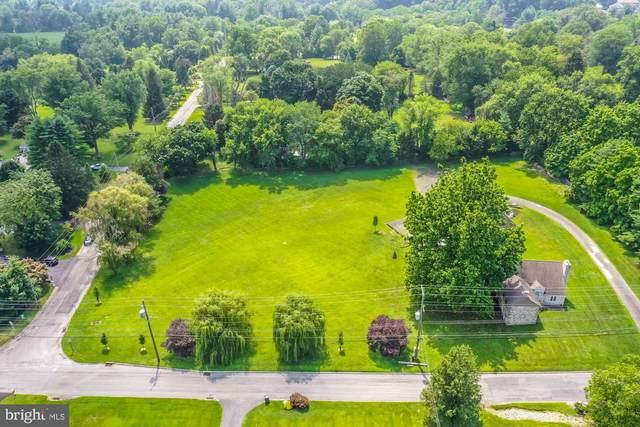 2069 Dutton Mill Road, NEWTOWN SQUARE, PA 19073 (MLS #PACT2002598) :: Kiliszek Real Estate Experts