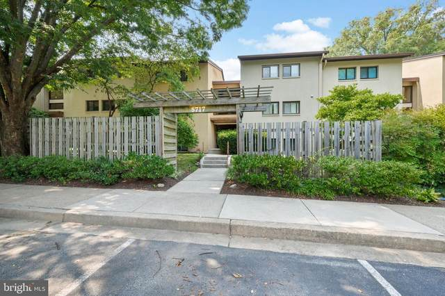 5717 Harpers Farm Road A, COLUMBIA, MD 21044 (#MDHW2001822) :: Peter Knapp Realty Group