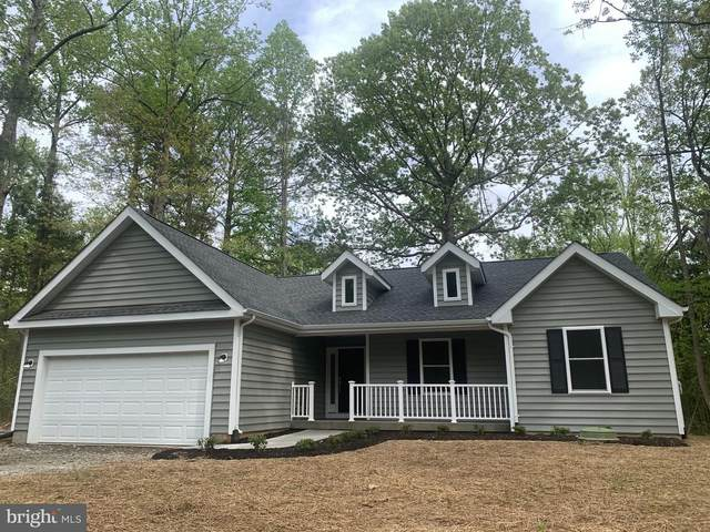 464 Cabin Point Drive, MONTROSS, VA 22520 (#VAWE2000210) :: Dart Homes