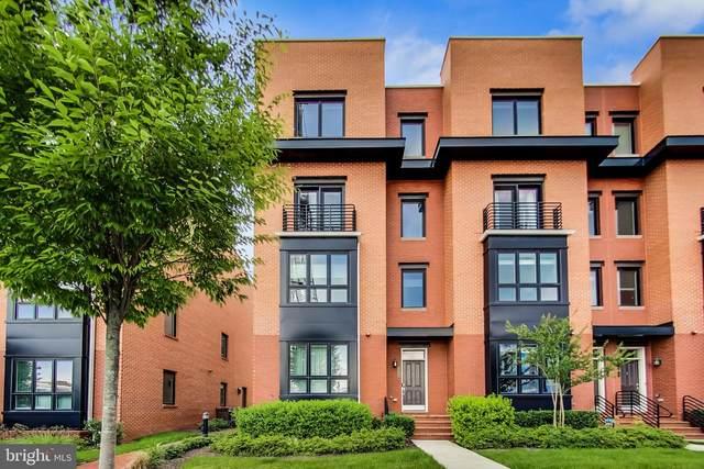 717 Watson Street, ALEXANDRIA, VA 22301 (#VAAX2001416) :: Sunrise Home Sales Team of Mackintosh Inc Realtors