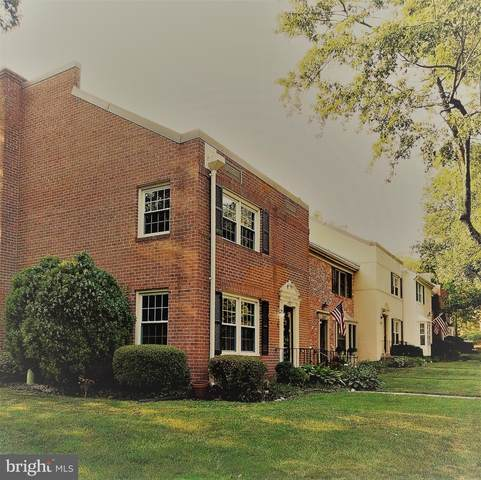 8262 Carrleigh Parkway, SPRINGFIELD, VA 22152 (#VAFX2008116) :: Debbie Dogrul Associates - Long and Foster Real Estate