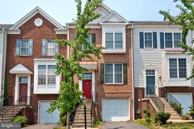 2570 Oak Tree Lane, WOODBRIDGE, VA 22191 (#VAPW2003164) :: The Putnam Group
