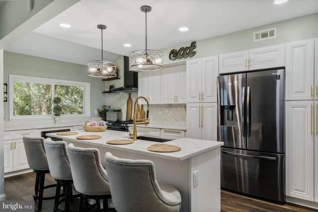 51 Five Crown Royal, MARLTON, NJ 08053 (#NJBL2002786) :: Sunrise Home Sales Team of Mackintosh Inc Realtors