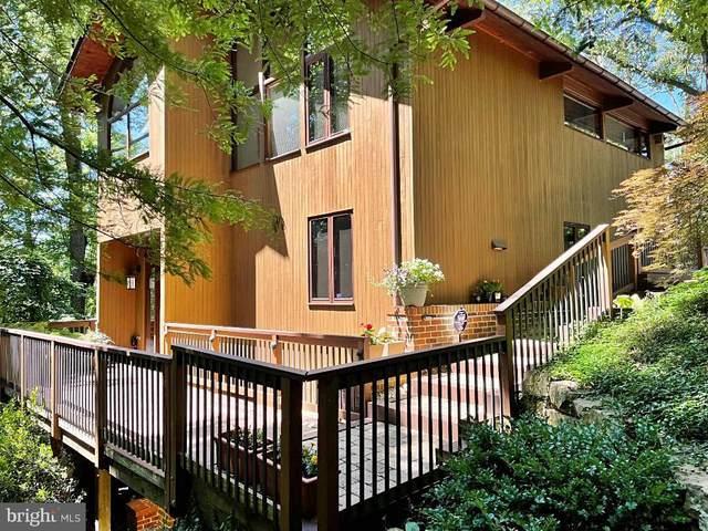2624 S Joyce Street, ARLINGTON, VA 22202 (#VAAR2002056) :: Debbie Dogrul Associates - Long and Foster Real Estate