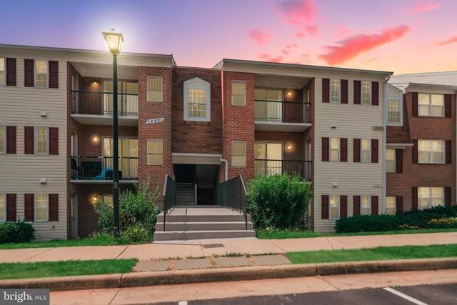 14801 Rydell Road #304, CENTREVILLE, VA 20121 (#VAFX2008720) :: City Smart Living