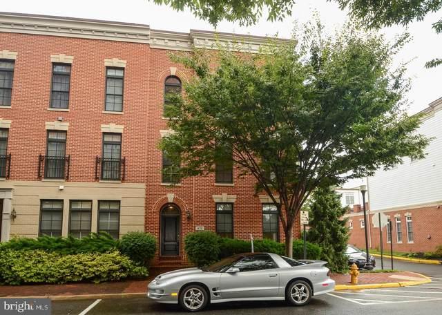 470 Harbor Side Street, WOODBRIDGE, VA 22191 (#VAPW2003480) :: Debbie Dogrul Associates - Long and Foster Real Estate