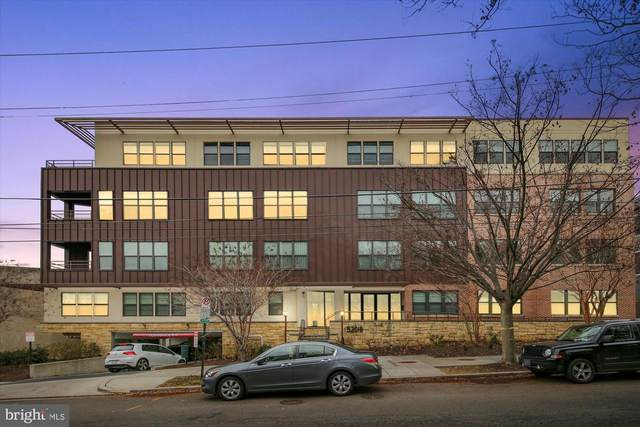5201 Wisconsin Avenue NW #206, WASHINGTON, DC 20015 (#DCDC2005386) :: The Vashist Group