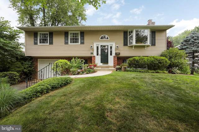 27 Brentwood Drive, WILLOW GROVE, PA 19090 (#PAMC2004850) :: Talbot Greenya Group