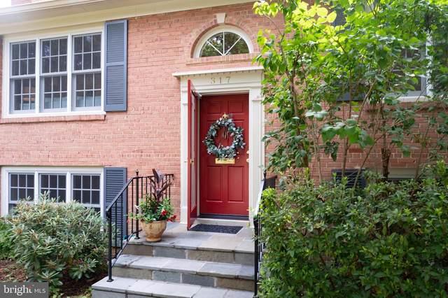 317 Lamond Place, ALEXANDRIA, VA 22314 (#VAAX2001716) :: Crossman & Co. Real Estate