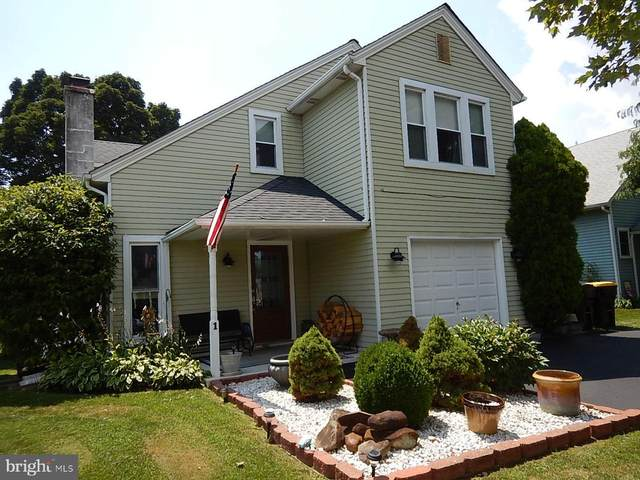 1 Pebble Drive, HORSHAM, PA 19044 (#PAMC2005084) :: Better Homes Realty Signature Properties