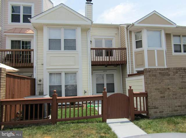 6013 Rabbit Hill Court, CENTREVILLE, VA 20121 (#VAFX2009990) :: Berkshire Hathaway HomeServices McNelis Group Properties