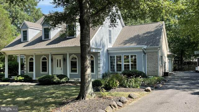 3517 Surrey Drive, ALEXANDRIA, VA 22309 (#VAFX2010090) :: Corner House Realty