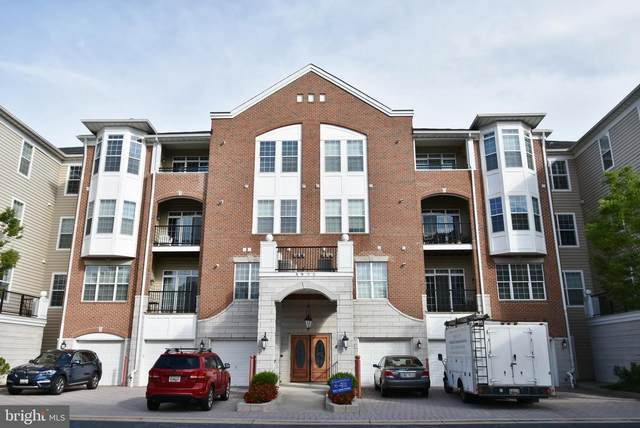 5930 Great Star Drive #104, CLARKSVILLE, MD 21029 (#MDHW2002324) :: The Putnam Group