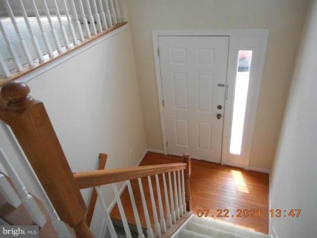 211 Hamilton, STEPHENS CITY, VA 22655 (#VAFV2000796) :: Crossman & Co. Real Estate