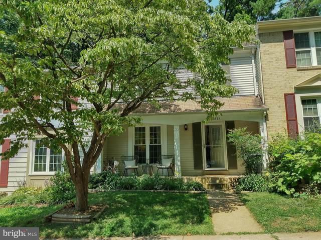 5821 Wood Poppy Court, BURKE, VA 22015 (#VAFX2010226) :: Debbie Dogrul Associates - Long and Foster Real Estate