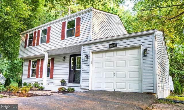 16007 Fairway Drive, DUMFRIES, VA 22025 (#VAPW2004082) :: Crossman & Co. Real Estate