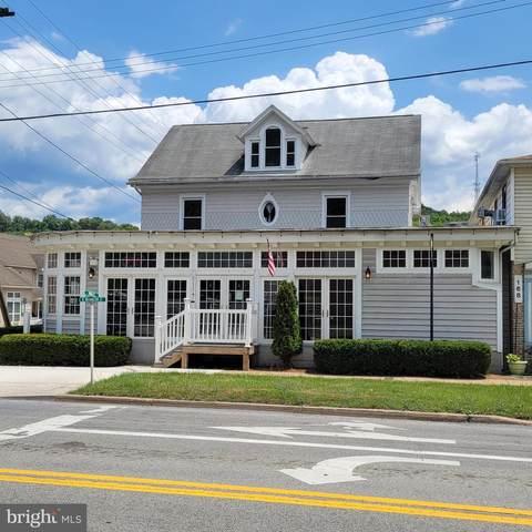 174 N Washington Street, BERKELEY SPRINGS, WV 25411 (#WVMO2000246) :: Colgan Real Estate
