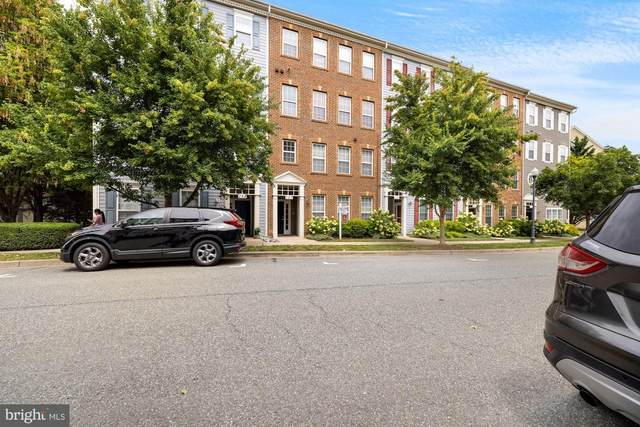 157 Chevy Chase Street A, GAITHERSBURG, MD 20878 (#MDMC2007942) :: SURE Sales Group