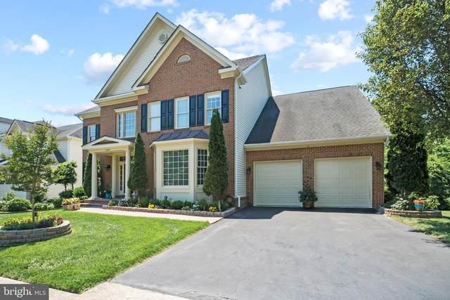 8052 Winstead Manor Lane, LORTON, VA 22079 (#VAFX2011054) :: Nesbitt Realty
