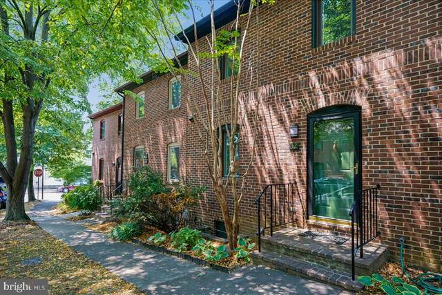 42 City Gate Lane, ANNAPOLIS, MD 21401 (#MDAA2004958) :: The Piano Home Group
