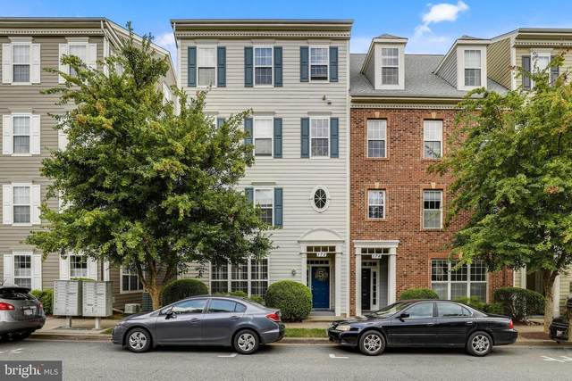 172 Chevy Chase Street, GAITHERSBURG, MD 20878 (#MDMC2008040) :: The Licata Group / EXP Realty