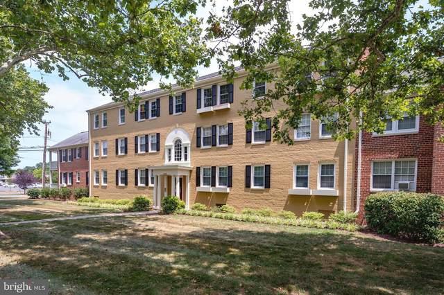 6726 W Wakefield Drive C2, ALEXANDRIA, VA 22307 (#VAFX2011242) :: Colgan Real Estate