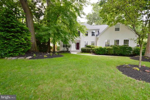 28 Collage Lane, CHERRY HILL, NJ 08003 (MLS #NJCD2003652) :: Kiliszek Real Estate Experts