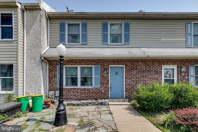 17 Kingston Terrace, ASTON, PA 19014 (#PADE2003864) :: Linda Dale Real Estate Experts