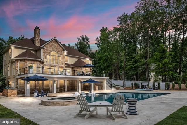 11204 Fawn Lake Parkway, SPOTSYLVANIA, VA 22551 (#VASP2001544) :: Jim Bass Group of Real Estate Teams, LLC