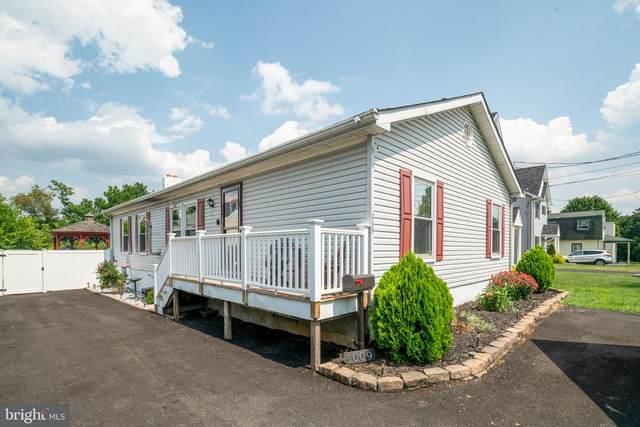 1009 Crystle Road, ASTON, PA 19014 (#PADE2003998) :: Linda Dale Real Estate Experts