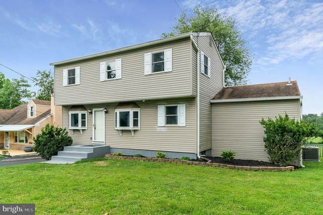 2746 Old Welsh Road, WILLOW GROVE, PA 19090 (#PAMC2006320) :: Sail Lake Realty