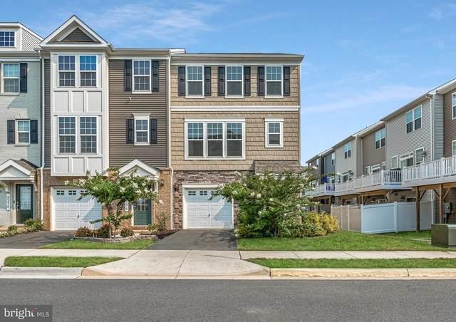 8532 Fortrose Drive, MANASSAS, VA 20109 (#VAPW2004700) :: Dart Homes
