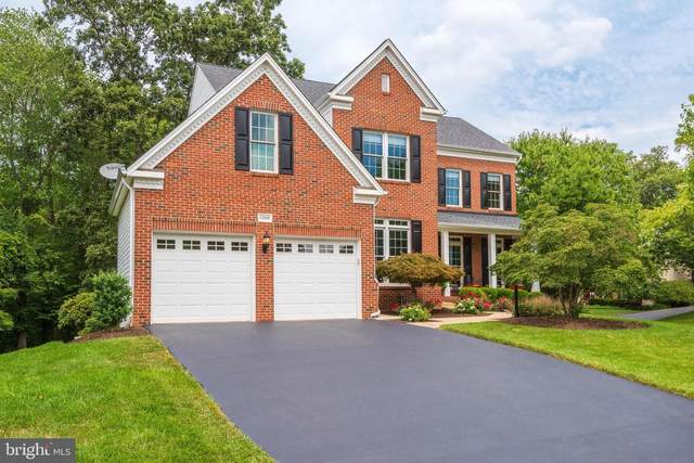 12698 Fox Woods Drive, HERNDON, VA 20171 (#VAFX2012414) :: Great Falls Great Homes